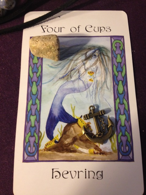4 of Cups Hevring
